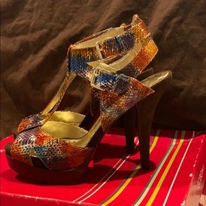BCBGirls Open Toe Heels Size 8